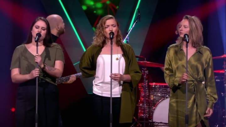 The Voice: Bekijk optreden Brugklasbeatz met  Too Lost In You (Blind Auditions)