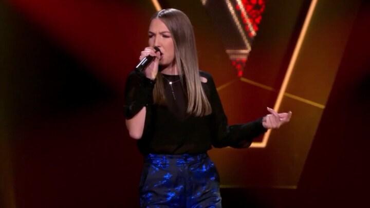 The Voice: Bekijk optreden Eva van Beek met Oh Baby Love (Blind Auditions)