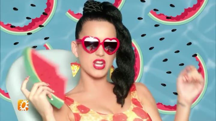 Katy Perry beschuldigd van seksueel wangedrag: 'Speelt met haar imago'