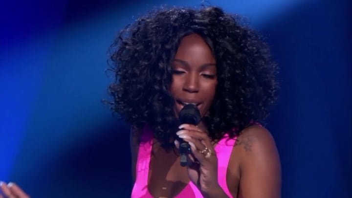 The Voice: Bekijk optreden Ravenna-Jade Caupain met A Change Is Gonna (Blind Auditions)