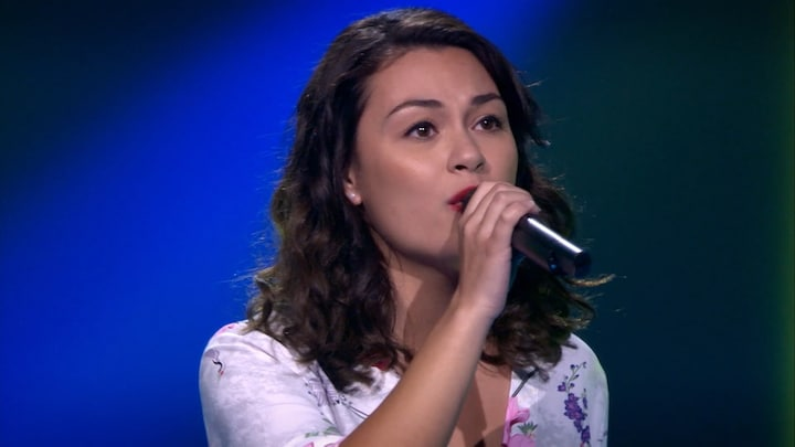 The Voice: Bekijk optreden Celine van Veldhoven met Addicted To You (Blind Auditions)