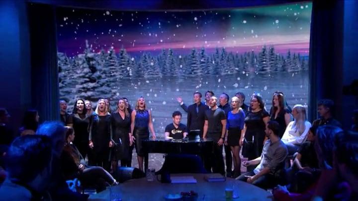 Beau van Erven Dorens kan het weer niet laten: hij zingt Frozen-hit 'Let It Go'