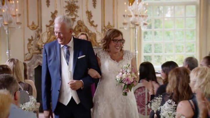 Married At First Sight gemist? Monique en Ronald geven elkaar jawoord