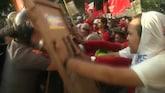Wereldwijd demonstranten op de vuist op Dag van de Arbeid
