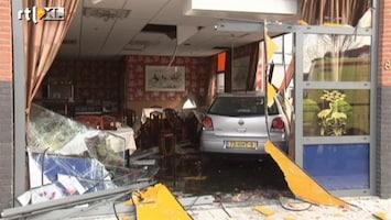 RTL Nieuws Auto rijdt Chinees restaurant binnen