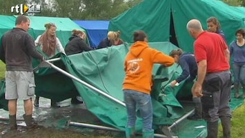 RTL Nieuws Jeugdkampen moeten opbreken na regenweekend