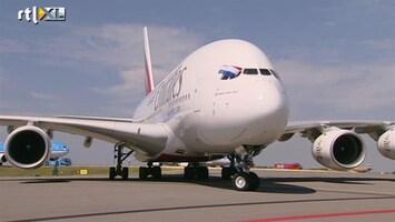 RTL Nieuws Grootste vliegtuig ter wereld geland op Schiphol
