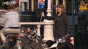RTL Nieuws Blinde massaal genegeerd in verkeer
