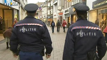RTL Nieuws Politie mag niet staken tijdens wedstrijd