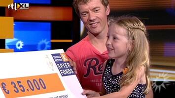 RTL Boulevard Albert en Winston geven cheque bedanklied
