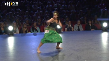 So You Think You Can Dance - Manuela Combineert Traditioneel Met Modern