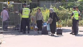 RTL Nieuws Laatste evacués asbestwoningen moeten nog drie weken wachten