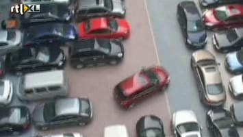 RTL Nieuws De krapste parkeerplaats ter wereld?