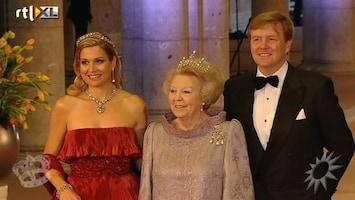 RTL Boulevard koningin Beatrix, Willem-Alexander en Máxima komen aan bij Rijksmuseum