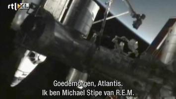 RTL Nieuws Astronauten gewekt door R.E.M.
