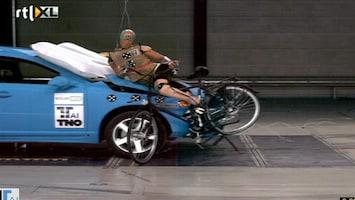 RTL Nieuws Airbag voor fietsers moet levens redden