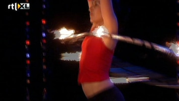 Holland's Got Talent Carmen (dans met hoepel)