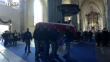 RTL Nieuws Herdenkingsdienst doodgeschoten agent Baflo