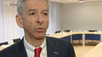 RTL Nieuws Plasterk wil dat topbestuurders salaris minderen