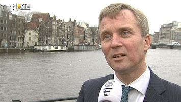 RTL Nieuws Amsterdam en Rotterdam pakken foute clubs aan