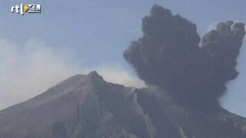 RTL Nieuws Spectaculair beeld van uitbarsting vulkaan