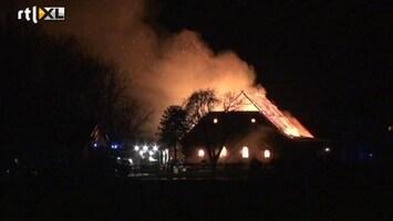 RTL Nieuws Paarden dood door brand in schuur