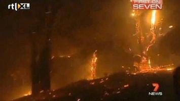 RTL Nieuws Dodemansrit door brandend bos Australië