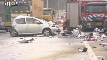 RTL Nieuws Chaos op A20 na ongeluk met tankwagen