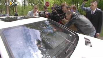 RTL Nieuws Nederlands elftal komt aan in Hoenderloo