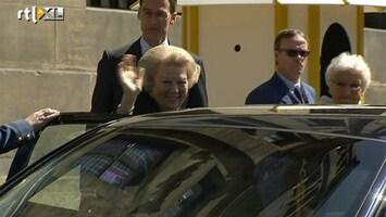 RTL Nieuws Koningin Beatrix in Amsterdam gearriveerd