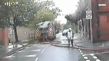 RTL Nieuws Gevel valt brandweerman aan