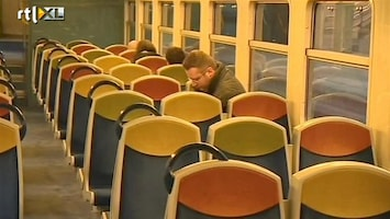 RTL Nieuws Gemaskerde bende overvalt trein bij Parijs