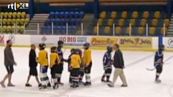 Editie NL Gemene ijshockey-coach