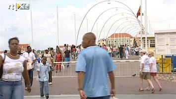 RTL Nieuws Impopulaire maatregelen op Curaçao krijg je op straat terug