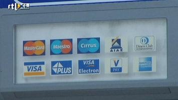 RTL Nieuws Grieken halen massaal geld van de bank