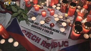 RTL Nieuws IJshockeyspelers herdacht na crash