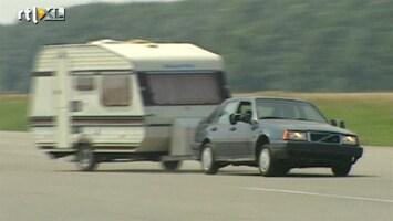 RTL Autowereld Autorijden doe je zo: Slingeren met een caravan