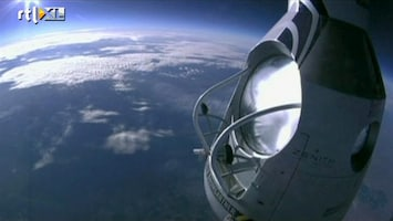 RTL Nieuws Parachutesprong van 30 kilometer hoogte