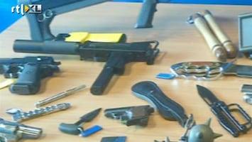 RTL Nieuws Toeristen nemen massaal wapens mee