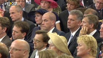 RTL Nieuws Samsom knikkebollend tijdens troonrede