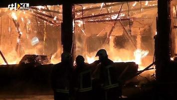 RTL Nieuws Uitslaande brand legt schoolgebouw Pekela in as