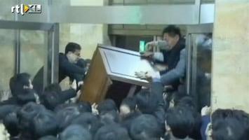 Editie NL Vechtende politici Zuid-Korea (2)