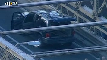 RTL Nieuws Verdachte auto legt verkeer New York lam