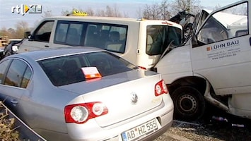 RTL Nieuws Politie ruimt ravage A31 op