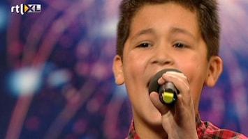 Het Beste Van Got Talent Worldwide 12-jarige imponeert met Jackson-song