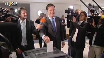 RTL Nieuws Mark Rutte brengt stem uit op zijn oude basisschool