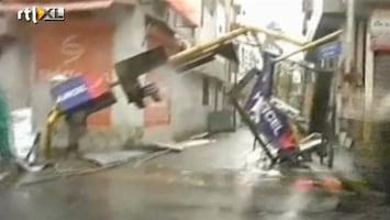 RTL Nieuws Spoor van vernieling door wervelwind India