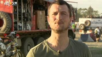 RTL GP: Dakar 2011 Labrie en de fysio van De Rooy