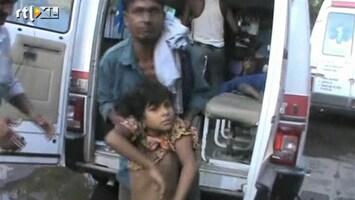 RTL Nieuws India: kind na kind naar ziekenhuis afgevoerd