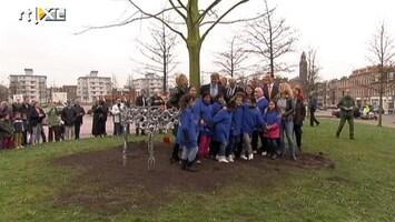 RTL Nieuws Willem-Alexander plant eerste koningslinde